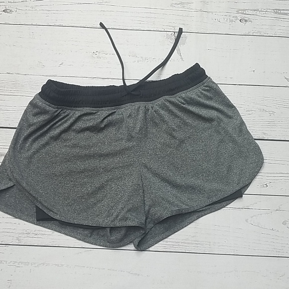 Champion Pants - Champion shorts gray black bike